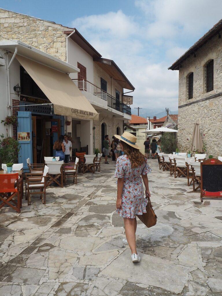 OMODOS STREETS